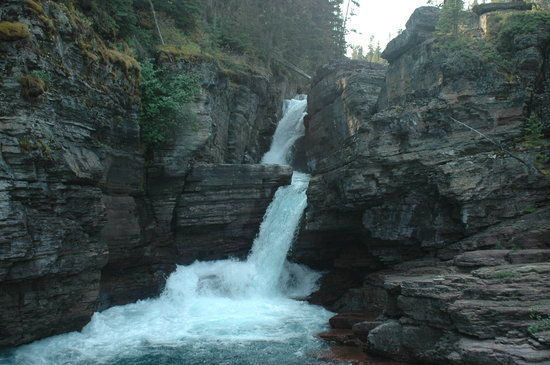 This image has an empty alt attribute; its file name is st-mary-s-falls.jpg